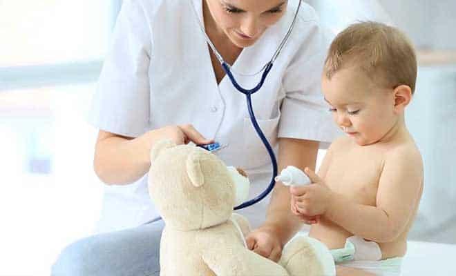 Как выглядят и чем опасны укусы клопов для ребенка 14