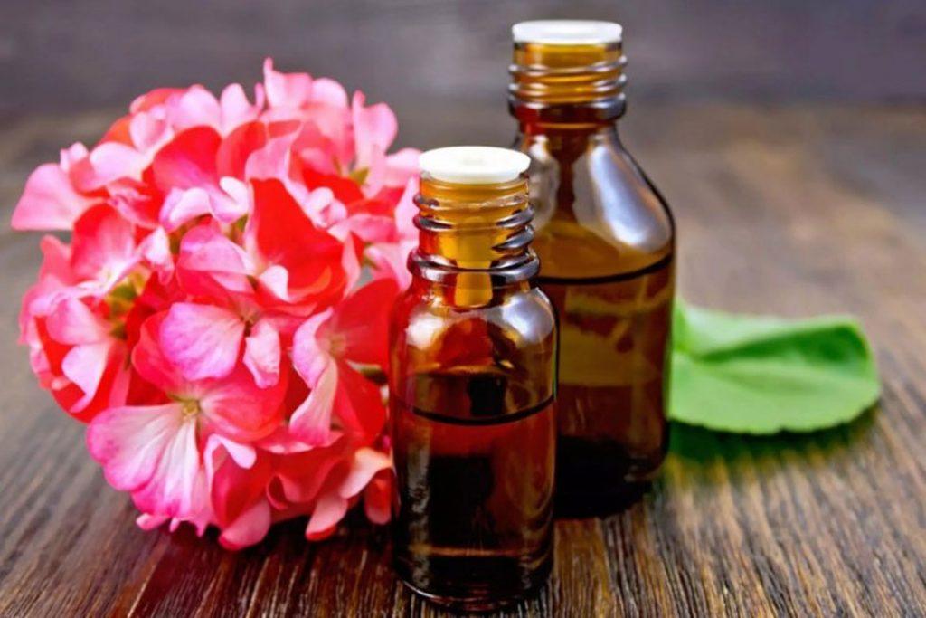 34 эфирных масел от клещей- масло герани