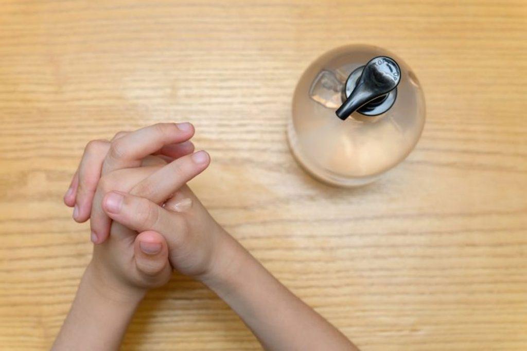 Гель антисептик для рук – купить в аптеке или интернет магазине - уход за кожей