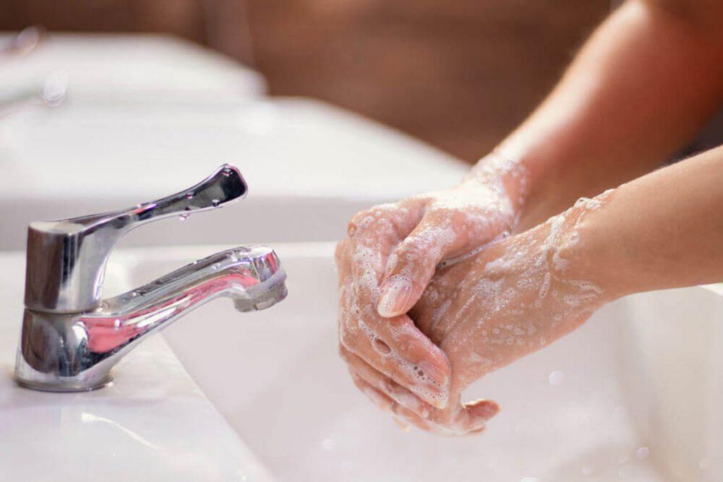 10 лучших видов антисептиков для рук медицинские - мытье рук