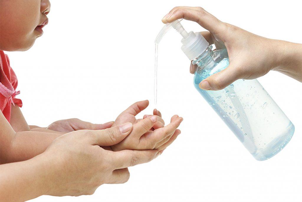 Санитайзер для рук в домашних условиях - мытье рук