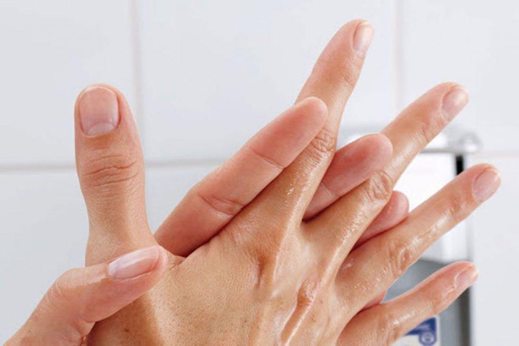 ТОП-12 лучших видов антисептиков для рук и обработки поверхности - выбор