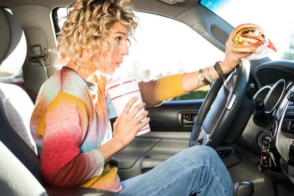 Что делать, если в машине завелись тараканы – как вывести и избавиться от них навсегда, отказ от питания в авто