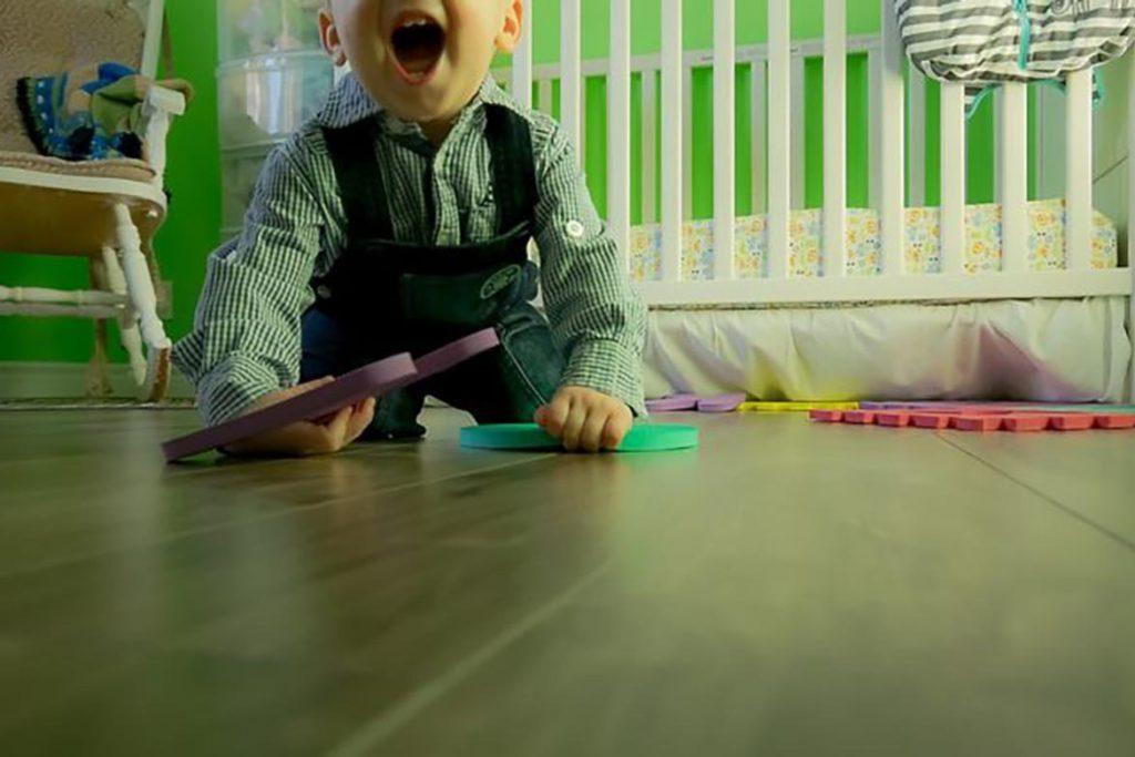 Ловушка для тараканов Рейд Макс (Raid max) безопасное использование и гарантированный эффект, отзывы о применении в квартире с детьми
